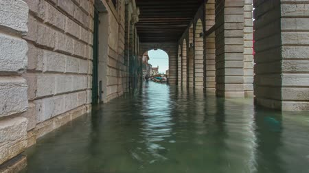 Italian city flooded with water Vídeos