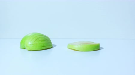 elegant dessert : Green apple turns into a swan