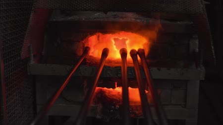 Glass processing in the oven 動画素材