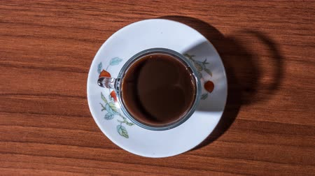núpcias : Coffee fills the cup in stop motion Stock Footage
