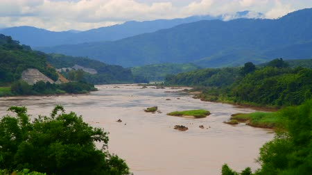 ラオス : 4K video of Mekong river, Thailand.