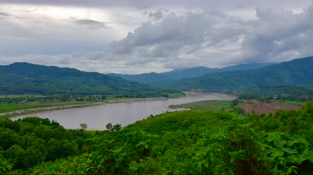 saen : 4K time lapse video of Mekong river, Thailand.