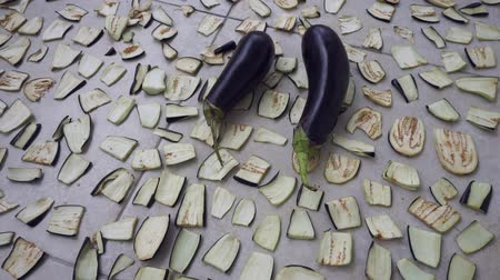 bakłażan : drying eggplant on the balcony, drying the vegetables, drying the vegetables at home,
