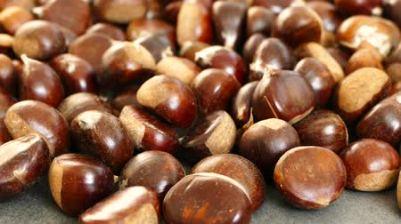 összeg : large amount of sweet raw chestnuts. forest products, natural chestnut