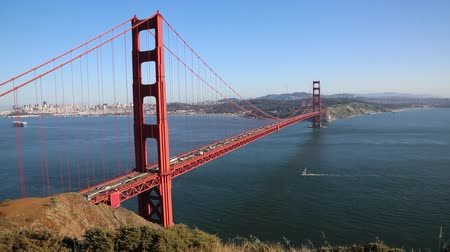 goldene : Segelboot unter Golden Gate Bridge - San Francisco Videos