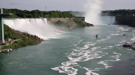 Онтарио : Niagara River and falls - New York, Ontario