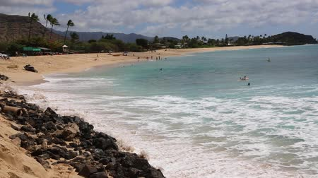vacation : Vacations on Makaha Beach - Oahu, Hawaii