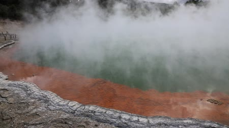 harikalar diyarı : Steam over Champagne Pol, New Zealand
