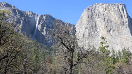 sierra nevada : Ribbon Fall and cliffs of El Capitan - Yosemite NP