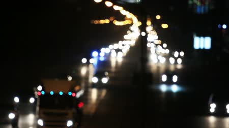 auto estrada : Defocused or blur bokeh night traffic lights. Vídeos