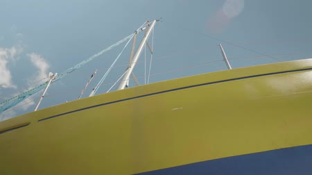 tersane : View of yacht board and mast Stok Video