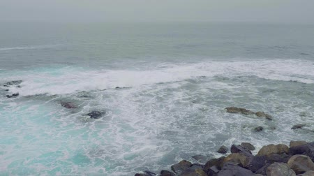 kanarya : Swell on north coast of Gran Canaria Stok Video