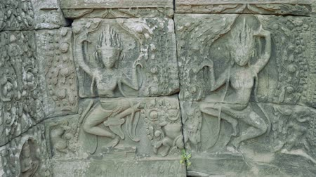 Ангкор : Frescos in ruins of Angkor Wat temple