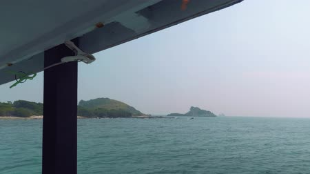 serbest : View of Ko Rin island, Thailnd. View from board of sailing ship Stok Video