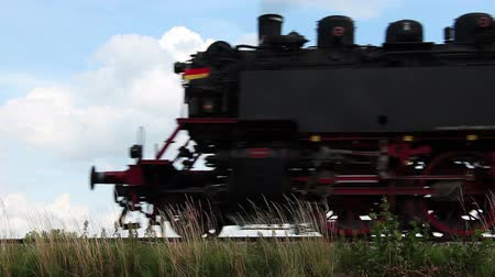 lokomotif : Old steam locomotive is passing by Stok Video