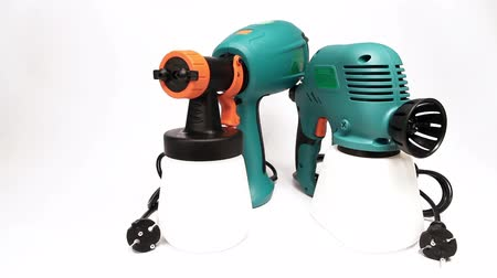 pulverização : Electrical spray gun for coloration, for color pulverization.