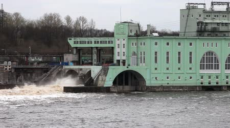 hidro : Volkhov HYDROELECTRIC POWER station-hydro power station on river Volkhov, Russia Stok Video
