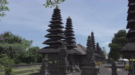 realeza : Pura Taman Ayun, Taman Ayun Temple,Bali Indonesia, the Panoramic view in sunny day
