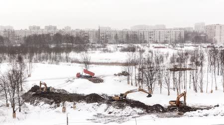 buldozer : 060218 :- The changing landscape in the winter. The arrangement of the Park. Russia St. Petersburg Petersburg