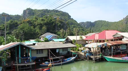 fisherman : fishermans village Thailand Stock Footage