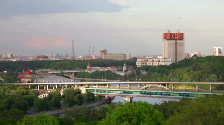 moskwa : Moscow, view of the Luzhnetsky metro bridge and Academy of Sciences of Russia in summer day