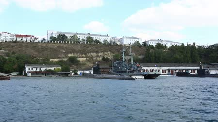 vezetett : submarine and the warship on the anchor parking in a bay of Sevastopol