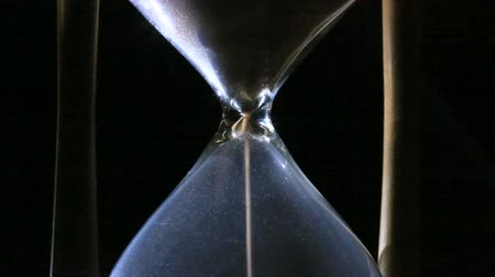 Hourglass. The fleeing time Vídeos