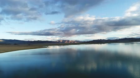 Calm Waters Of Mongolian Lake Tolbo Nuur Stok Video