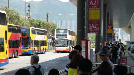Hong Kong, Hong Kong S.A.R.-June 3, 2017: buses at the Hong Kong airport Vídeos