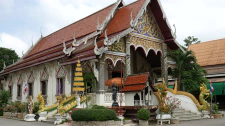 yerler : Temple in Lampang Province, Thailand Stok Video
