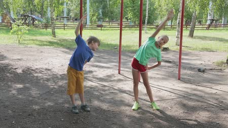tilts : Family outdoor athletics training