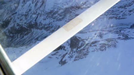 pervane : Footage of small private airplane taking off the glacier at high mountains Stok Video