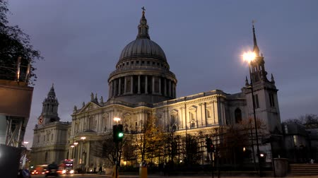 catedral : Time lapse. Night London. St Pauls Cathedral.
