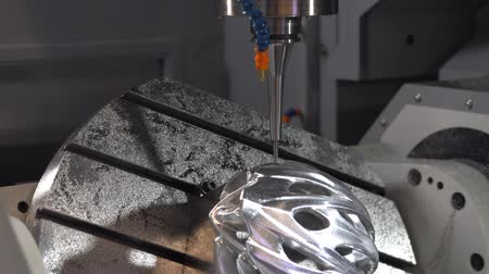 moagem : High speed 5 Axis machining center for metal processing
