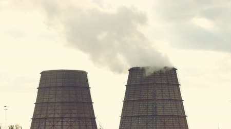 излучение : cooling towers of an energy station