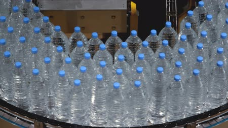 paketleme : water bottle conveyor industry