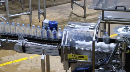 бутылки : water bottle conveyor industry