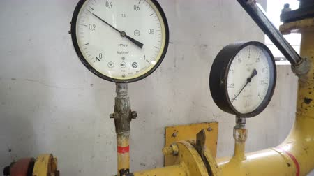 flange : Pressure meters on natural gas pipeline.