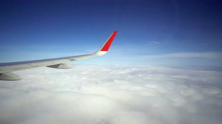 sztratoszféra : View on the Wing of airplane from window