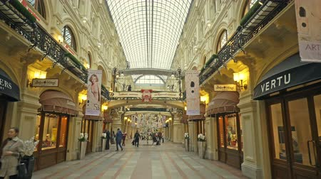 Moscow, Russian Federation - March 17, 2017: Inside view of famous GUM biggest department store near the red Square Stockvideo