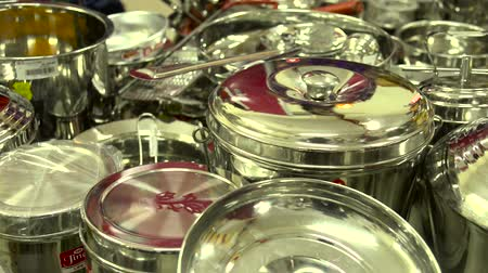 aço inoxidável : Panning shot on Silver Stainless Steel Dinner Sets Stock Footage