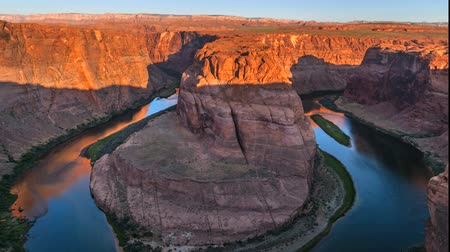 rocks red : Horseshoe Bend Sunrise Time-lapse 4k UHD