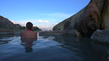 molas : Relaxing bath at Sunrise Travertine Hot Springs Bridgeport California