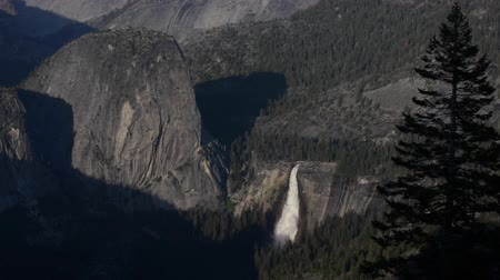 glacier point : Nevada and Vernal Falls as seen from the Glacier Point Yosemite National Park California USA
