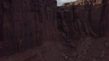 moab : Edge of the Canyon East Fork Shafer Canyon near Dead Horse Point State Park Canyonlands Utah USA Stock Footage