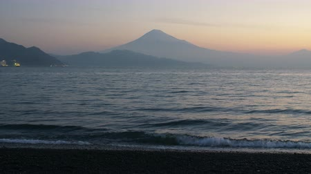 mevcut : Mt. Fuji over the Sea at Dawn