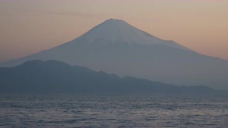 mevcut : Mt. Fuji over the Sea at Sunrise Stok Video