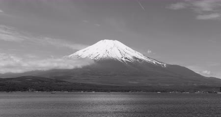 w : Mt. Fuji over Lake Yamanaka (black and white)