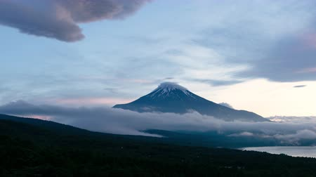 mt : Mt. Fuji captured from Mikuni Pass Panoramadai in Yamanakako village, Yamanashi prefecture, Japan (time lapsepanning)