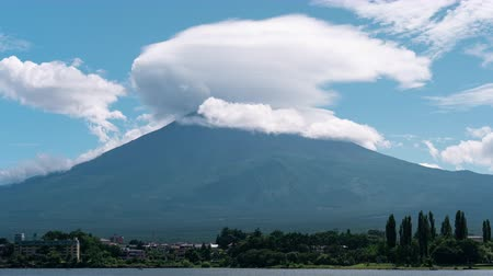 lakeshore : Mt. Fuji with a Lenticular Cloud over Lake Kawaguchi (time lapsezoom out)